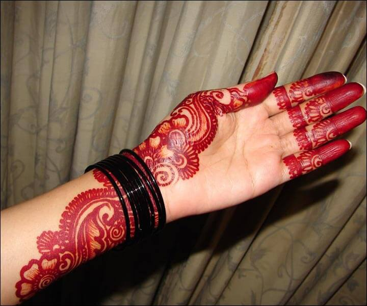 Henna Tangan Motif Exquisite Red